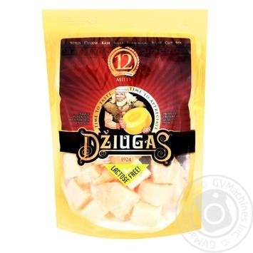 Сыр Джюгас 12 мес. созревания колотый 40% 100г - купить, цены на Novus - фото 1
