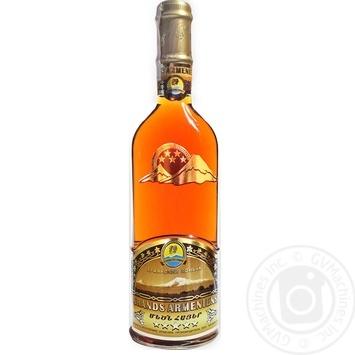Коньяк Grands Armeniens 5 звезд 40% 0,5л - купить, цены на Novus - фото 1