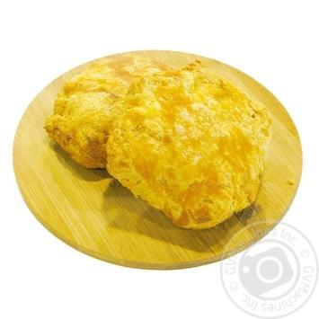 Слойка с сыром и изюмом