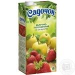 Сок Садочок яблочно-клубничный 1,93л - купить, цены на Ашан - фото 1