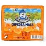 Cottage cheese Prostokvashyno with dried apricots 15% 200g Ukraine