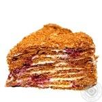 Торт Медовик с вишней весовой