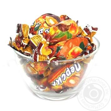Цукерка Волинські солодощі персик з горіхами в глазурі