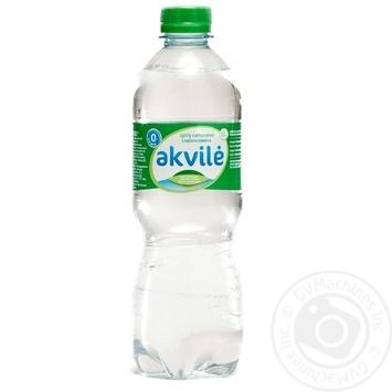 Вода натуральна мінеральна слабогазована Akvile пет 0,5