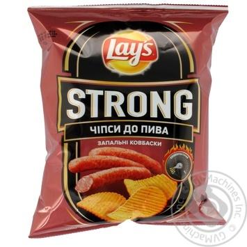 Чипсы Lay's Strong Зажигательные колбаски 62г