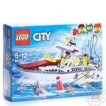 Конструктор Lego City Рыболовный лодка 60147