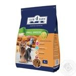 Club 4 Paws Dry pet food for adult dogs of small breeds 3kg