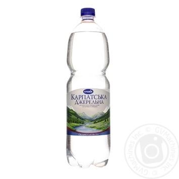 Вода минеральная Премія КарпатДжер столовая с/газ 1,5л