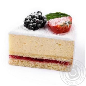 Пирожное с маскарпоне и ягодами