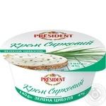 Крем President Зеленый лук творожный термизированный 4% 140г