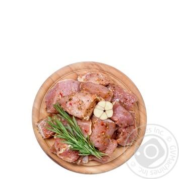 Шашлык свиной с пряностями и травами охлажденный