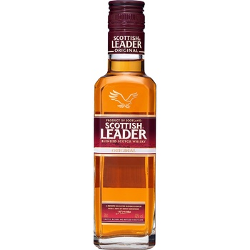 Віскі Scottish Leader Original 3 роки 40% 0,2л - купити, ціни на МегаМаркет - фото 1