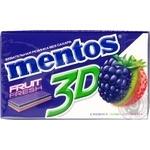 Жевательная резинка Mentos ежевика киви клубника 33г
