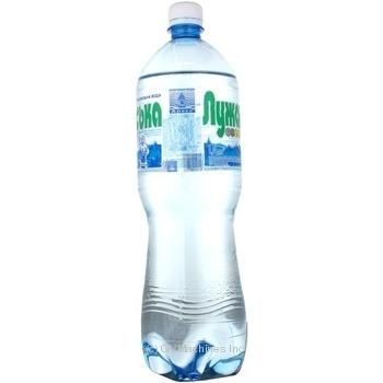 Вода Лужанская №4 сильногазированная пластиковая бутылка 1500мл Украина