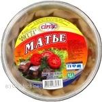 Филе-кусочки сельди Сириус Матье Фиеста в масле со специями 500г Украина - купить, цены на МегаМаркет - фото 1