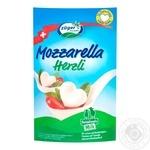 Сыр Züger Frischkäse Моцарелла Сердечки мягкий 45% 130г
