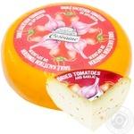 Сыр Cesuaine с вялеными помидорами и чесноком твердый весовой