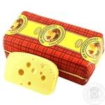 Сыр Wloszczowa Влощовський Швейцарский 45% весовой