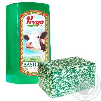 Сыр Prego Базилико твердый 50% весовой