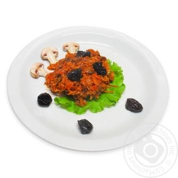Капуста тушкована з грибами та чорносливом - купити, ціни на МегаМаркет - фото 1