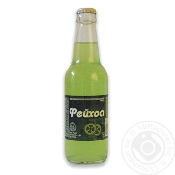 Beverage Rosinka feijoa low alcohol 7% 330ml glass bottle