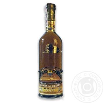 Коньяк Grand Armenians 3 роки 40% 0,5л