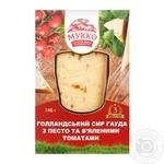 Сыр Мукко Гауда с песто и вялеными томатами 240г