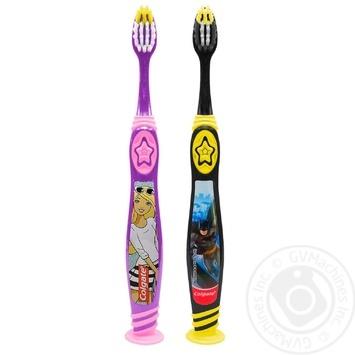 Зубная щетка Colgate Barbie/Batman детская супермягкая 5+ - купить, цены на Фуршет - фото 1