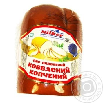 Сыр Милкер колбасный копченый 40%