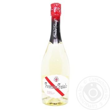 Напиток винный Femme Fatale полусладкий 6.9% 0.75л
