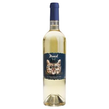 Вино Alianta Vin Muscatto Мукат белое полусладкое 10,5% 0,75л - купить, цены на МегаМаркет - фото 1