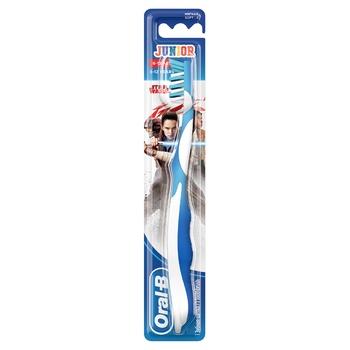 Мануальная зубная щетка Oral-B Junior Star Wars для детей 6-12 лет