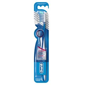 Зубная щетка Oral-B Pro-Expert Все в одном средняя - купить, цены на МегаМаркет - фото 1
