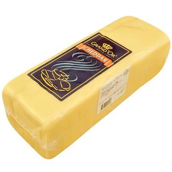 Сир Grand`Or Чедар білий твердий 45% - купити, ціни на CітіМаркет - фото 1