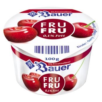 Йогурт Bauer Fru Fru Вишня 0,1% 100г - купить, цены на МегаМаркет - фото 1