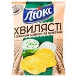 Чипсы Люкс Волнистые картофельные со вкусом лука и сметаны 125г