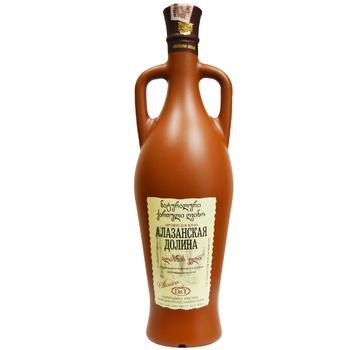 Вино Грузинское Застолье Алазанская Долина красное полусладкое 11.5% 0,75л