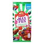 Шоколад молочний Корона Max Fun з полуницею малиною чорницею чорною смородиною вибуховою карамеллю та шипучими кульками 150г