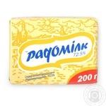 Спред Радомилк Радомышльский сладкосливочный 72.5% 200г Украина