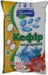 Кефир Гармонія нежирный п/э 900г