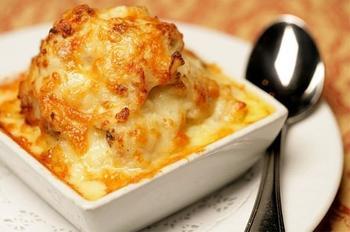Запечена картопля із сиром