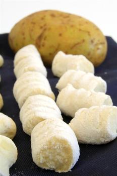 Кнедлики из сырого картофеля
