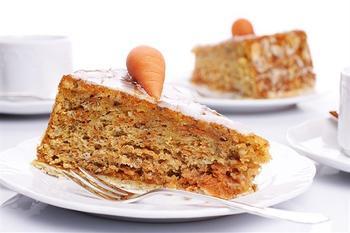 Морковный пирог с миндалем