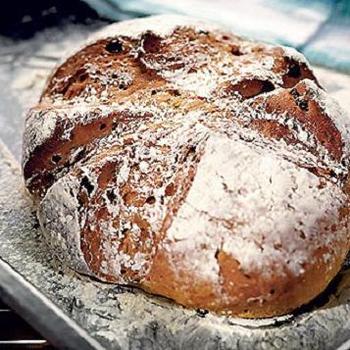 Житній хліб із родзинками