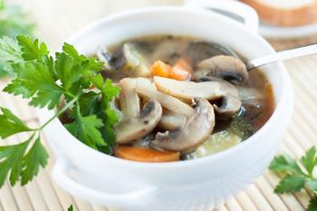 Грибний суп (білі гриби)