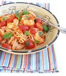 Паста с креветками, томатами и базиликом