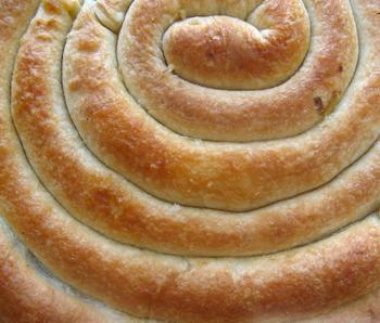 Кільцевий пиріг з подвійною начинкою