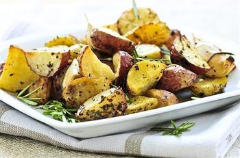Смажена картопля із оливками та лимоном по-марокканськи