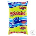 Молоко Лукавиця пастеризованное 2,5% 900г - купити, ціни на Фуршет - фото 1