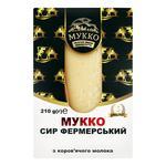 Сыр Мукко Фермерский 50,2% 210г